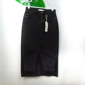 Zara Denim NWT black denim skirt
